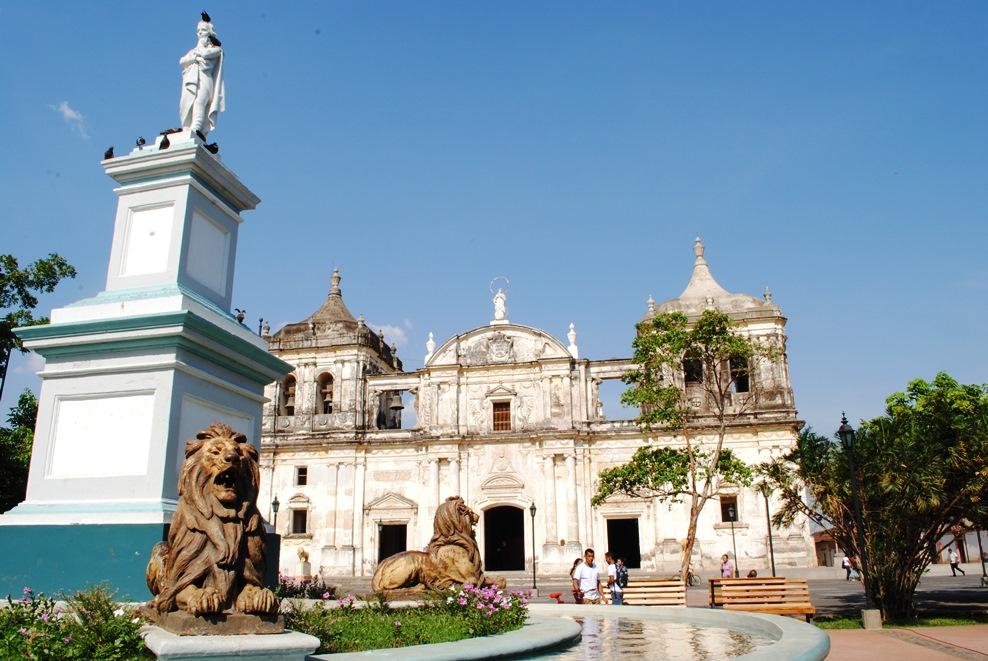 Real Basílica de Nuestra Señora de la Asunción Catedral de León