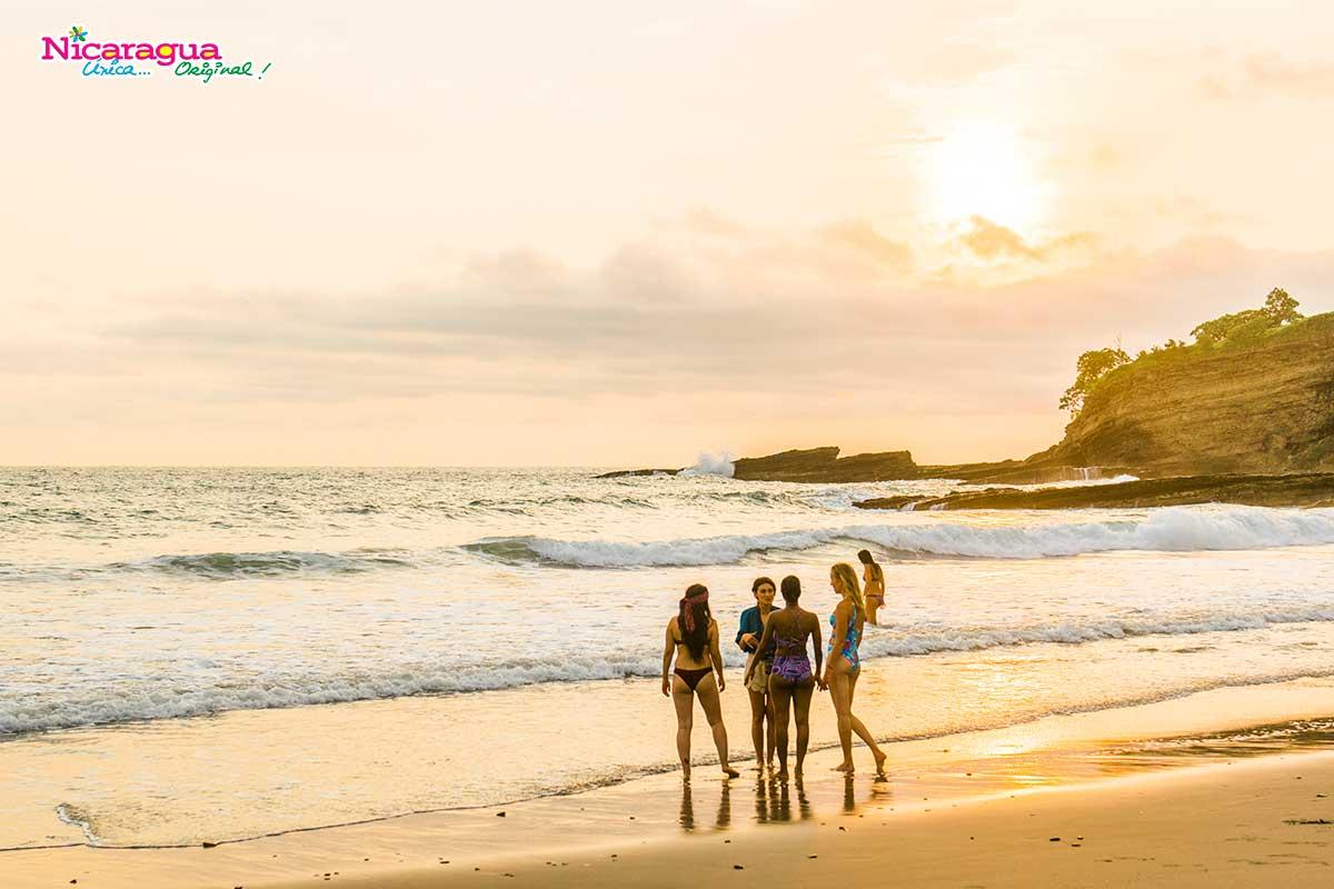 Playas-atardecer-nicaragua