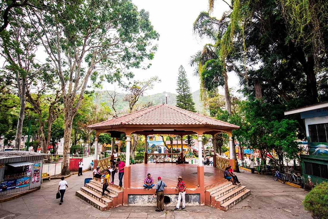 Jinotega-Parque-central