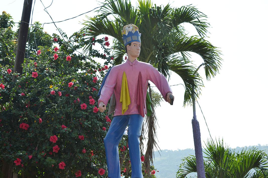 Moros y cristianos monumento en Boaco