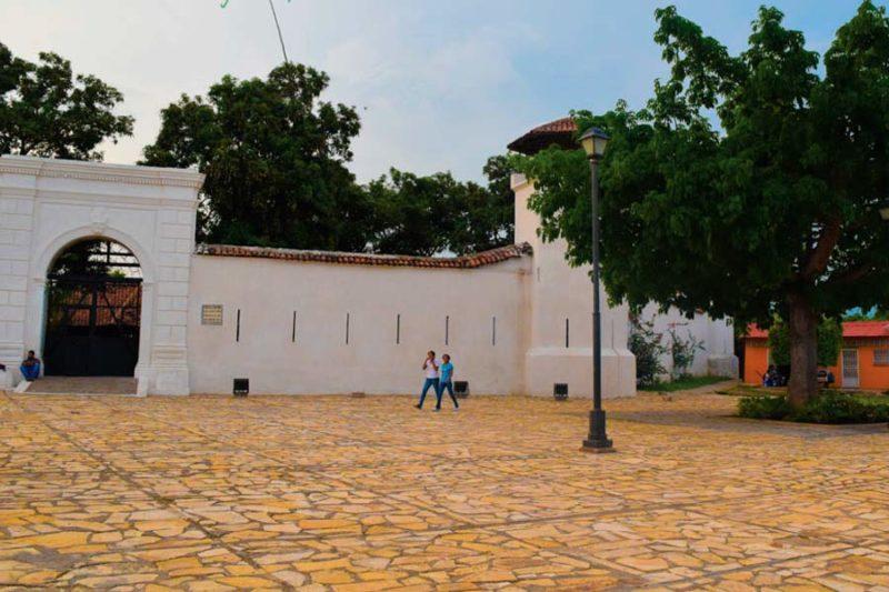 La-Fortaleza-Granada-Nicaragua