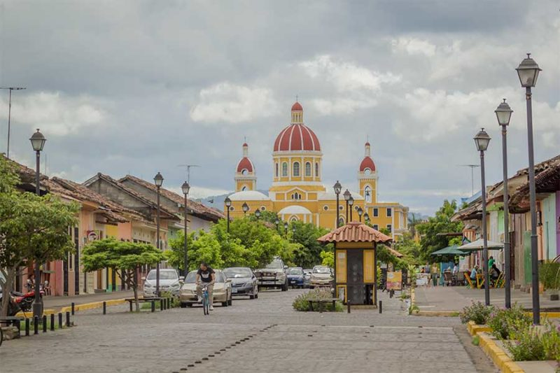 La-calzada-Granada-Nicaragua
