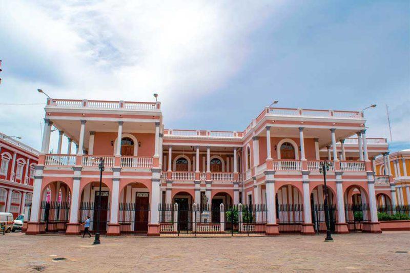 Palacio-Episcopal-Granada-Nicaragua
