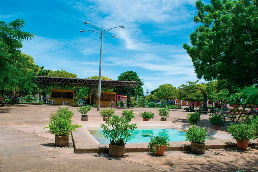 parque-Sandino-Granada-Nicaragua
