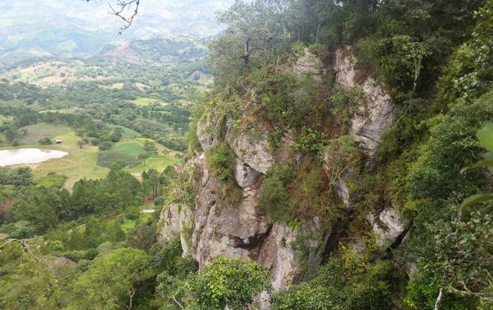 Cerro-Canta-Gallo