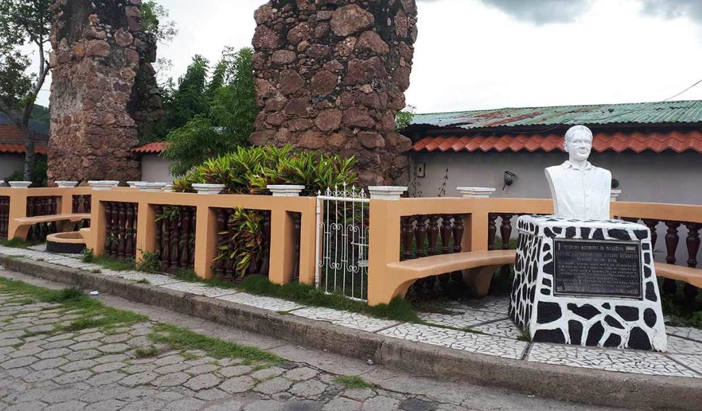 Monumento-Coronel-Santos-Lopez