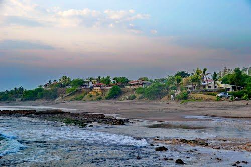 El_velero-Playa-Leon-Nicaragua