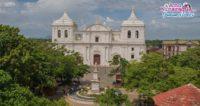 Fachada de la Catedral de Leon