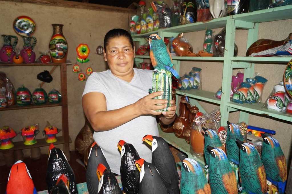 TALLERES-DE-ARTESANIA-MOZONTE-Nueva-Segovia-Nicaragua
