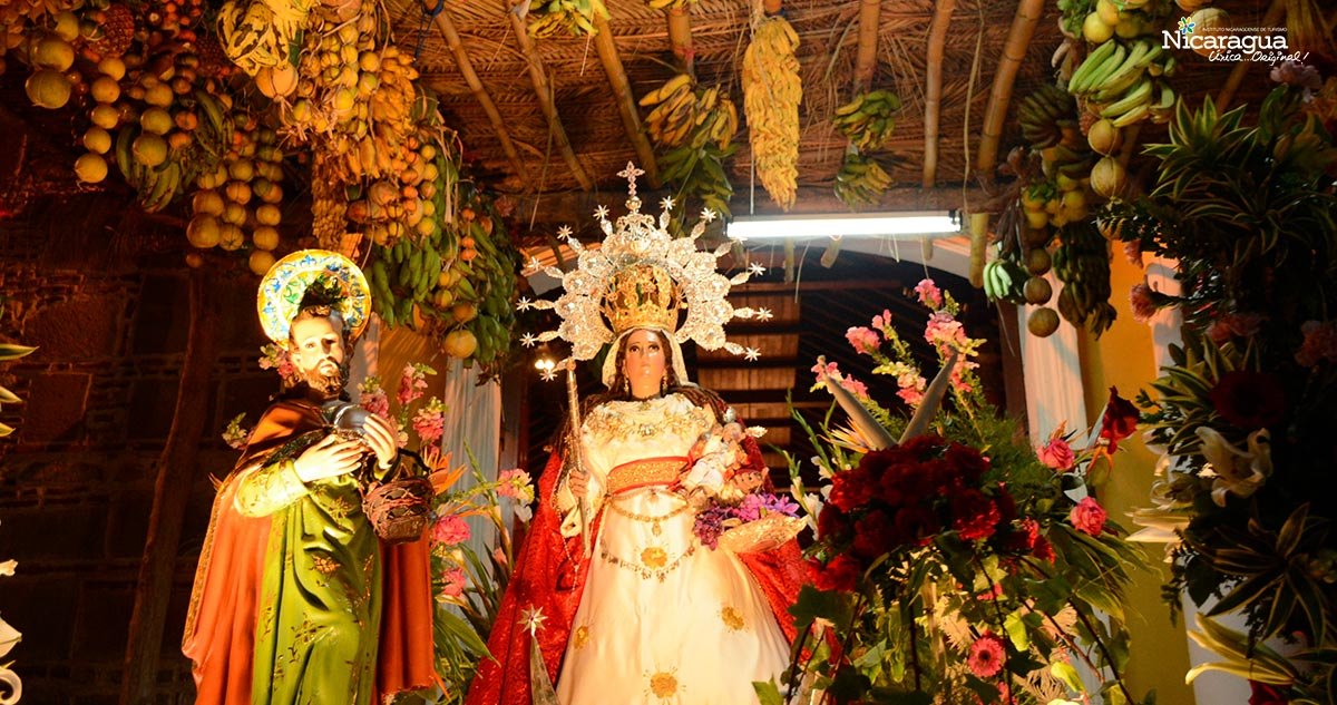 virgen de la candelaria - altar mayor