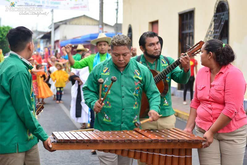 Marimba-tradicional-de-Masaya-